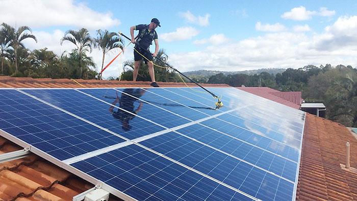manutencao-dos-paineis-solares-ponto-solar